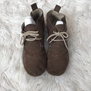 Suede flat bootie shoes
